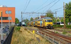 DDAR 7338 (1743) op station Oss (Allard Bezoen) Tags: station train trek ns loc dd trein 1700 oss sprinter dubbeldekker 7300 1743 ddar 7338 eloc alsthom duw trekduw