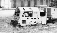 7703.old mine train (Greg.photographie) Tags: old blackandwhite bw film analog train mine noiretblanc pentax 25 400 smc 135mm chinon foma pentaxsmc r09 mountk