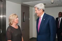 Secretary Kerry is Greeted by Anchorage Museum Director Decker at GLACIER Welcome Reception in Alaska (U.S. Department of State) Tags: glacier arctic anchorage johnkerry climatechange arcticcouncil sallyjewell
