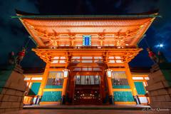 Fushimi Inari Shrine Main Gate - Kyoto (Andrea Quaranta) Tags: japan architecture night canon temple japanese kyoto shrine inari fox prefecture kitsune the 伏見稲荷大社 fustini canon7d