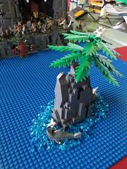 IMG_8053 (LUG Festibriques) Tags: montagne dragon lego exposition fantasy nancy hotdogs caverne fantastique 2015 scoubidou festibriques ludibriques