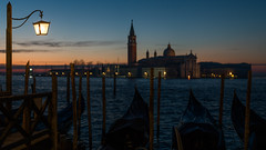 Venice Sunrise (Bastian.K) Tags: venedig venice venezia italy italien loxia8525 carl zeiss lens lenses sony a7rii a7rm2 alpha7 alpha7rii alpha7r2 silhouette bokeh sunrise sunset dawn dusk sonne sonnenaufang gondel gondolieri gondolere gondeln