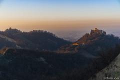 Il Bianello al tramonto (gaddi_luca) Tags: tramonto castello bianello colle 4colli terrematildiche pianura sunset quattrocastella reggioemilia storia