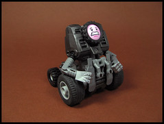 Trevor, the Haemophobic Battledroid (Karf Oohlu) Tags: lego moc mecha droid robot haemophobic