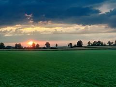 Sonnenuntergang in Datteln (petermüller16) Tags: feld iphone nature natur abend landscape landschaft datteln sonnenuntergang