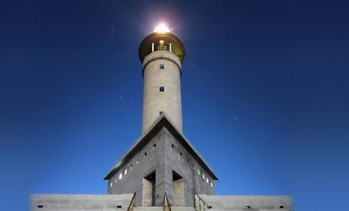 "Torres legendarias / Faros, minaretes, campanarios, rascacielos • <a style=""font-size:0.8em;"" href=""http://www.flickr.com/photos/30735181@N00/32493398976/"" target=""_blank"">View on Flickr</a>"