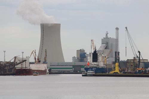 Steinkohle-Kraftwerk Rostock im Überseehafen