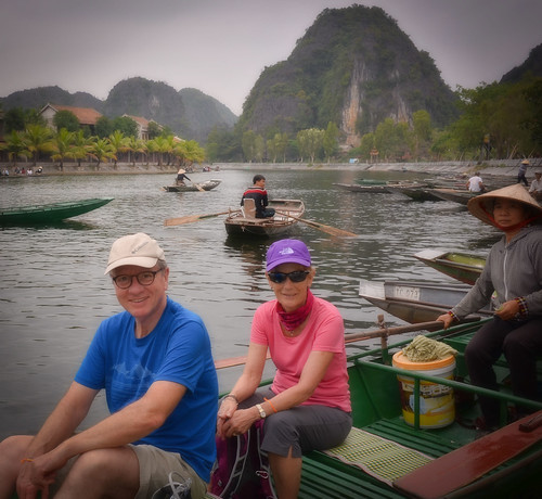 boats glenniswootton holidays karst mangojouneys nevillewootton ninhbinh smiles tamcoc topazlabs tourists vietnam