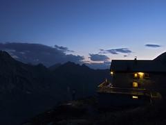 Rifugio al tramonto (Agnolo) Tags: sunset alps tramonto panasonic alpi altoadige rifugio sudtirol hochfeiler valdivizze granpilastro fz28