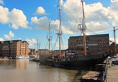 relaxing place (JNP2014) Tags: marina docks ship gloucester mast