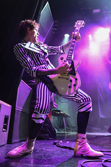 The Darkness (Toni Francois) Tags: show music rock mexico concert live concierto glam thedarkness elplaza