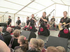 Red Hot Chilli Pipers (pefkosmad) Tags: city uk england music rock marquee drums scotland concert kilt guitar percussion centre gig band free scottish gloucestershire entertainment gloucester leadguitar celtic bagpipes keyboards bassguitar pipers celticrock rugbyworldcup kingssquare sporran standingroomonly rwc redhotchillipipers bagrock