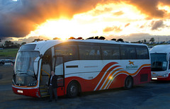 Bus Eireann 'VG15' in the sunset of its career. (Longreach - Jonathan McDonnell) Tags: sunset sky galway clouds volvo vg buseireann justclouds b12m dsc1925 sunsundegui ballybrit vg16 04d60825 galwayraces2015