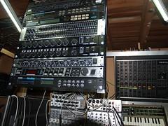 LP158647 (LoxPix2) Tags: boss music studio guitar fender synth roland korg yamaha emu gibson akai novation alesis kawai maudio behringer kurzweil teisco ensoniq tapco rogerlinn loxpix
