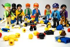 gnocide (fotokop.) Tags: lego shame playmobil playmo honte meurtre playmart gnocide fotokop