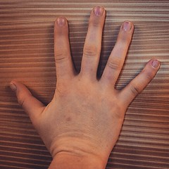 #UFC Fighter Sarah Kaufman hand #FightersTool (Desautomatas) Tags: sarah photo fighter foto hand ufc kaufman instagram desautomatas fighterstool