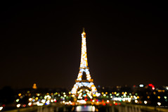Paris shines... (Charlie_Joe) Tags: longexposure travel paris france architecture night lights cityscape colours tour dof bokeh eiffeltower perspective outoffocus searchlight trocadero manualfocus palaisdechaillot ironlady ladamedefer