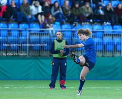 PJF_6795.JPG (petereoin1) Tags: leinsterwomen munsterwomen donnybrook donnybrookstadium dublin women rugby rugbyunion sporting sports women'sinterprovincialchampionship ireland irl