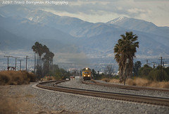 Eastbound climbing into Ordway, CA (Travis Berryman) Tags: unionpacific beaumonthill uprr upyumasub desertrailroading