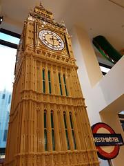20170119_143049 (COUNTZERO1971) Tags: lego london legostore leicestersquare toys buildingblocks brickculture