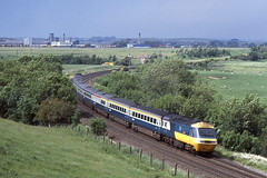 AN UNIDENTIFIED HST PASSES THROUGH BURNIGILL SOUTH OF DURHAM ON 30 JUNE 1985 (47413PART2) Tags: hst brblue brclass43