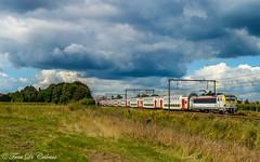 NMBS HLE 1824  Nieuwkerken-Waas (Tren di Cédrico) Tags: nmbs nieuwkerkenwaas sncb train trein m6 l59 sintniklaas 1824 hle siemens eurosprinter bombardier alstom