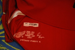 Max Nicastro (opurt2007) Tags: max detroit redwings gameworn detroitredwings nicastro maxnicastro