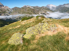 Ascenso a Hourquette d'Alans (Manolo Moliner) Tags: walking senderismo pyrénées pirineos pirineo randonnée gavarnie midipyrénées hautespyrénées pirineocentral