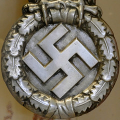 swastika (Leo Reynolds) Tags: swastika squaredcircle xleol30x sqset123 xxx2015xxx