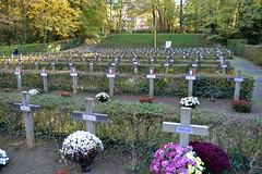 Ereperk der Gefusilleerden, Schaarbeek (Erf-goed.be) Tags: ereperkdergefusilleerden begraafplaats schaarbeek brussel archeonet geotagged geo:lon=44064 geo:lat=508533