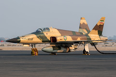 3-7370 / Islamic Republic of Iran Air Force / Northrop F-5E Saeghe (Charles Cunliffe) Tags: aviation canon 7dmkii kish international airport oibk kih kishairshow islamic republic iran air force iriaf f5 northropf5esaeghe 37370