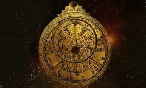 "Astrolabios, ubicantes de estrellas guía • <a style=""font-size:0.8em;"" href=""http://www.flickr.com/photos/30735181@N00/31797724223/"" target=""_blank"">View on Flickr</a>"