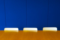Three white chairs (Jan van der Wolf) Tags: map154255ve blue wall chairs table abstract tafel stoelen muur minimal