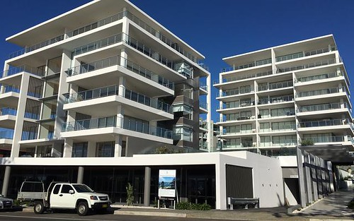 8/72 Cliff Road, North Wollongong NSW 2500