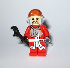 ten nunb b-wing rebel pilot minifigure from 75050 1 lego star wars b-wing set 2014 c (tjparkside) Tags: 75050 lego star wars sw 2014 episode vi six 6 rotj return jedi returnofthejedi ep general airen cracken rebel pilot gray grey squadron horton salm ten numb rebellion darth vader packaging box set sets bwing b wing fighter cockpit folding wings blaster blasters weapon weapons pistol pistols firing missile missiles death battle endor y ywing