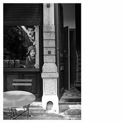 Around The Corner (bruXella & bruXellius) Tags: brüssel bruxelles brussels brussel belgien belgique belgium belgië leicax1 blackwhite monochrome