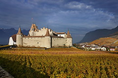 Castle Aigle (welenna) Tags: alpen alps autumn architecture switzerland schwitzerland sky swiss aigle castle schloss relief rebe himmel herbst hiking clouds cloud classic landscape light licht