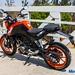 2017-KTM-Duke-200-12