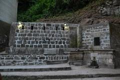 Fontana e lavatoi in pietra