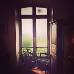 Jour de pluie (Again) #Bretagne #pluie #rain #weather #france (Pixelicus) Tags: windows window square chair squareformat mayfair fentre chaise iphoneography instagramapp uploaded:by=instagram