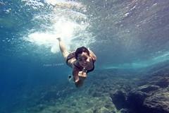 Under TIE'... (Cyclope Foto - Sicilia Immagini) Tags: mare underwater estate blu sub acqua azzurro roberta ragazza modella sottacqua capozafferano immersione simpatica fabiocorselli
