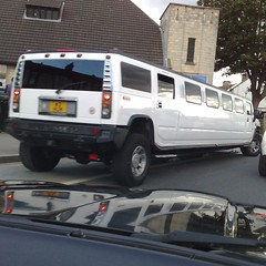 (uk_senator) Tags: white limo hummer limousine