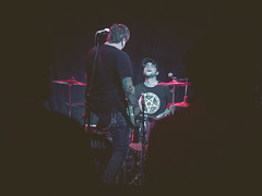 Bottle Kids @ Burlington Bar (Kiwithing) Tags: blue music usa chicago color rock musicians bar burlington concert lowlight punk purple livemusic highcontrast il venue stagelight theburlington olympusomdem5 replichrome burlingtonbar imnorotter