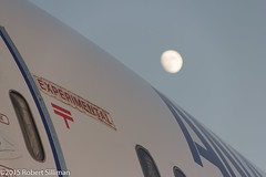 Experimental - Moonrise (rob-the-org) Tags: moon iso100 noflash boeing uncropped f63 787 tucsonaz pimaairspacemuseum dreamliner 150sec 183mm 18250mm n787ex