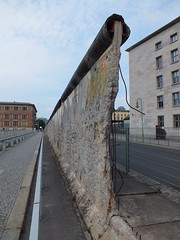 Berlin Wall (Axel.S92) Tags: berlin germany berlinwall ddr 1989 ost duitsland mauer muur berlijn geschiedenis topographiedesterrors berlijnsemuur niederkirchnerstrase