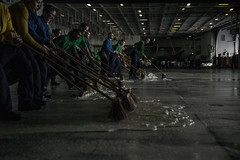 151125-N-IN729-336 (U.S. Pacific Fleet) Tags: ussronaldreagancvn76 waterssouthofjapan
