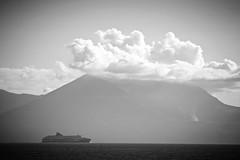 Vesuvio with Hat (imbroglionefiorentino) Tags: 2016 dicembre canoneos60d campania canon napoli naples nave bn blackwhite bwartaward bianconero blackandwhite bw flickrclickx flickr fluidrexplored fluidr vesuvio