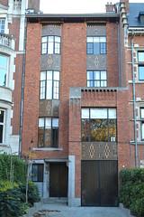 Huis Fournier, Schaarbeek (Erf-goed.be) Tags: huisfournier herenhuis vergotesquare schaarbeek brussel archeonet geotagged geo:lon=44029 geo:lat=508463
