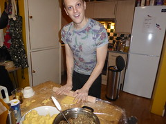 24 December 2016 Christmas Eve (2) (togetherthroughlife) Tags: 2016 december battersea christmaseve peter cooking