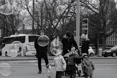 b u b b l e s (Max Peter1) Tags: bubbles zürich switzerland blackwithe fuji xpro2 90mm street